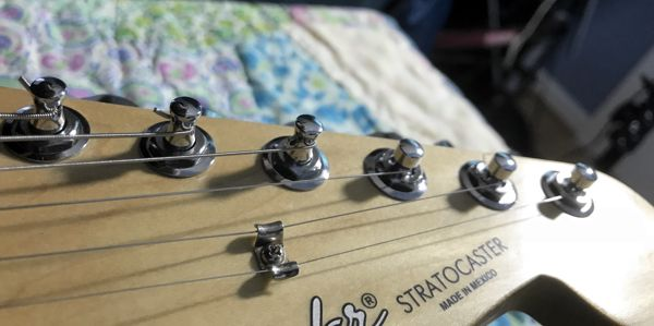 Fender Locking Tuners >> Fender Strat Upgrade New Pickups Locking Tuners And Coil